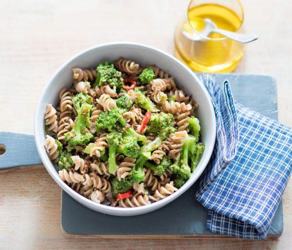 Spirales aux brocolis et anchois, recette de Laura Zavan