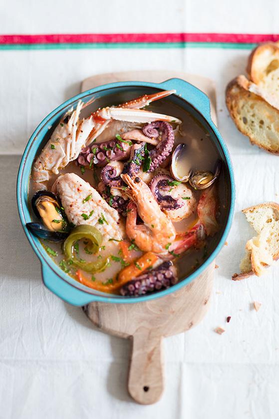 Bouillon de poisson, recette de Laura Zavan