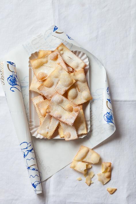 Crostoli, dessert italien de Carnaval