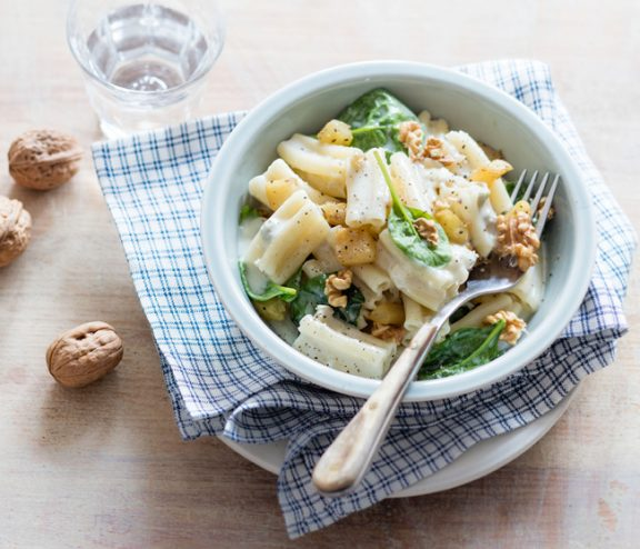 Pâtes au gorgonzola et noix, recette de Laura Zavan