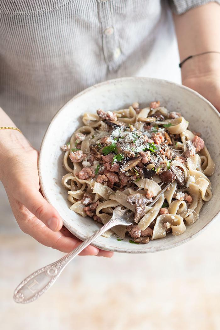 Stringozzi à la saucisse, recette de Laura Zavan