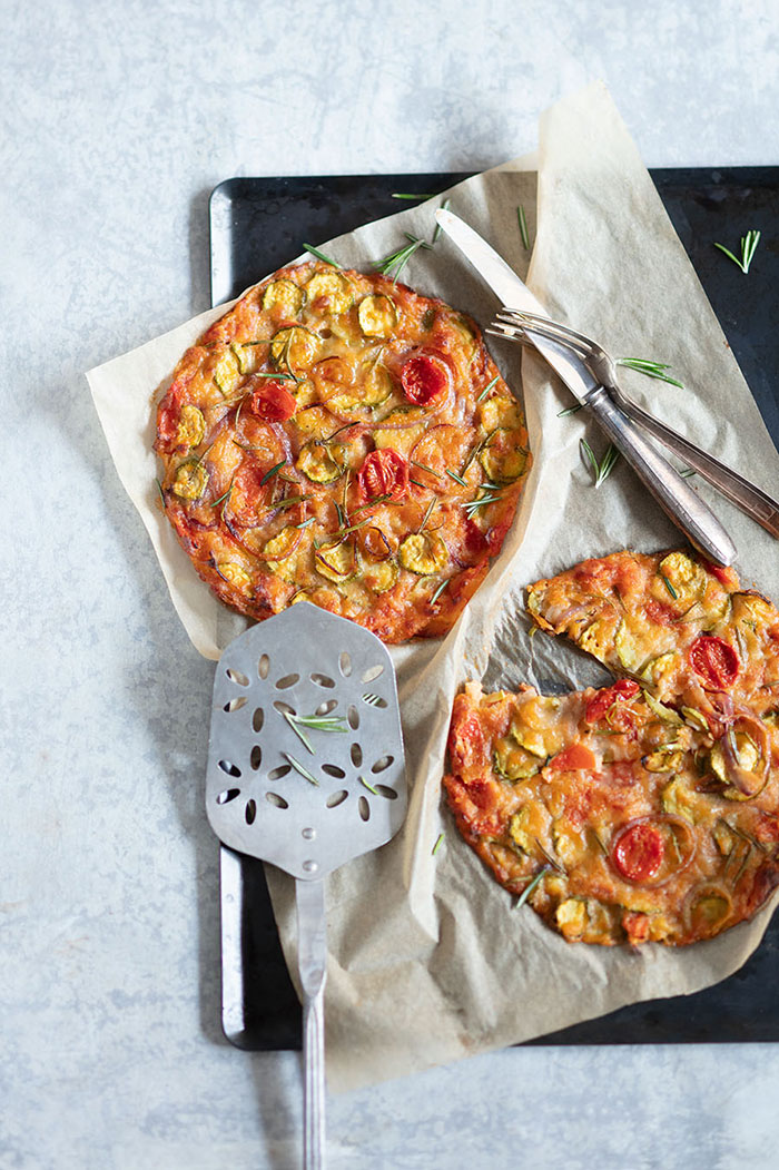 Pain de tomates, courgettes et oignons, recette de Laura Zavan